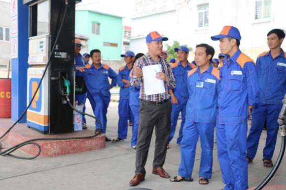 Chuyên gia Nguyễn Bá Cự hướng dẫn học viên