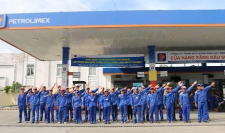 """Tổ chức chuỗi chương trình """"Chuẩn hoá quy trình bán hàng tại Cửa hàng Xăng dầu Petrolimex"""" cho Công ty Xăng dầu Tây Nam Bộ (Petrolimex Cần Thơ)"""