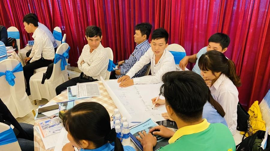 Học viên BVNT Tiền Giang tham gia thảo luận nhóm